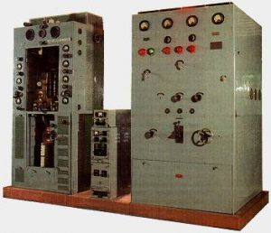 Colour image of an SWB8 Transmitter Set